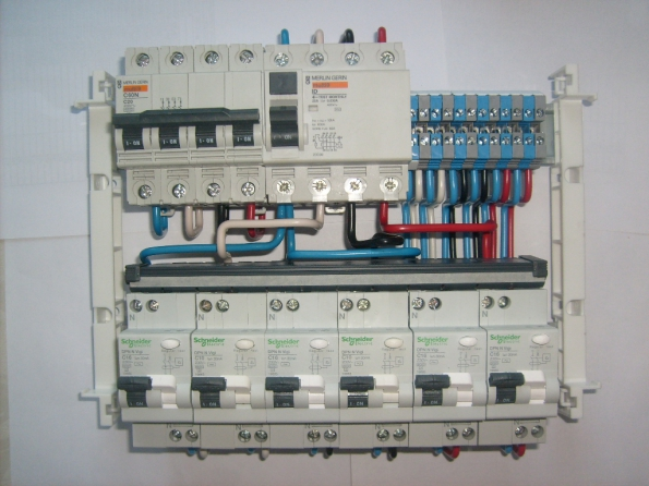 Щиток электрический своими руками 380 в - Meri30.ru